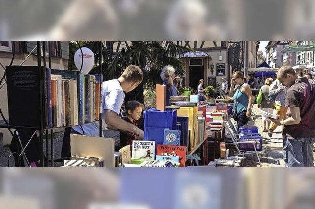 Endinger Büchermarkt als Publikumsmagnet