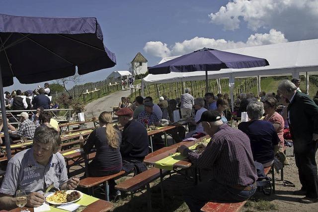 Britzinger feiern mit einem schönen Fest 250 Jahre Rebhüsle auf dem Muggardter Berg
