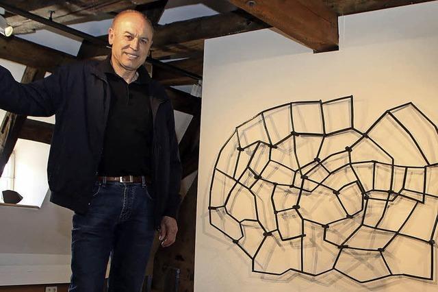 Reinhard Scherers Stahlplastiken möblieren die Lahrer Innenstadt einen Sommer lang