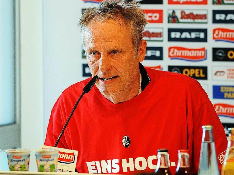 SC-Trainer Christian Streich nach dem ...eidenheim – der Coach war sauer.    Foto: Michael Heuberger