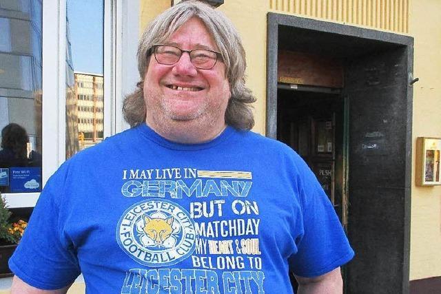 Wie ein Leicester-Fan in Freiburg die Meisterschaft feiert