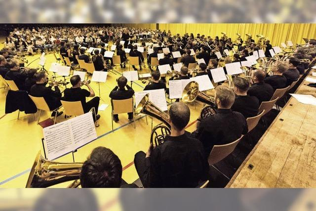 100 Musiker – ein Konzert