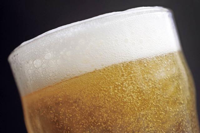 Bundeskartellamt bestraft Preisabsprachen zwischen Einzelhändlern und Brauereien mit hohen Bußgeldern
