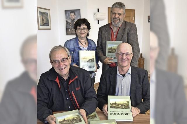 """Chronik """"Stadt auf dem Schwarzwald"""" wieder im Handel"""