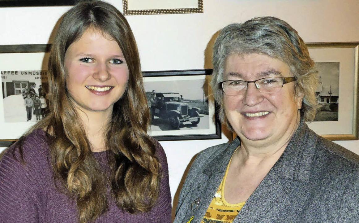 Louisa Schäfer (links) aus Breitnau ve...le Schmidt übernimmt die Patenschaft.   | Foto: Privat