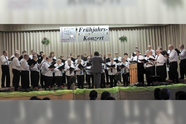 Mit goldenem Dirigentenstab geehrt