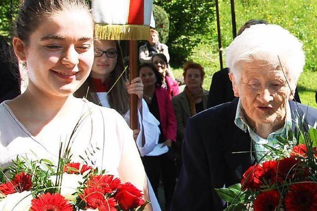 16-Jährige löst 96-Jährige als Mesnerin ab