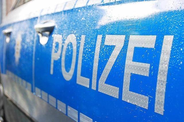 Polizei stoppt Fahrer ohne Führerschein