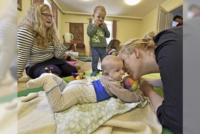 Beim Krabbeltreff Liebfrauen in Günterstal gibt's Gemeinschaft für Eltern und Kinder