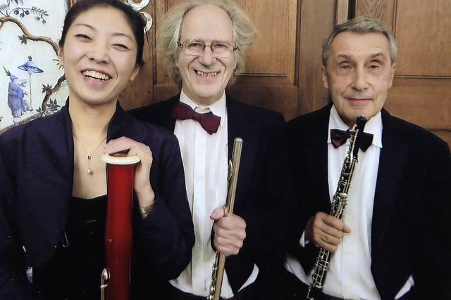 Musiker der Camerata Instrumentale starten mit einer Kaufhaus-Serenade in ihr Jubiläumsjahr