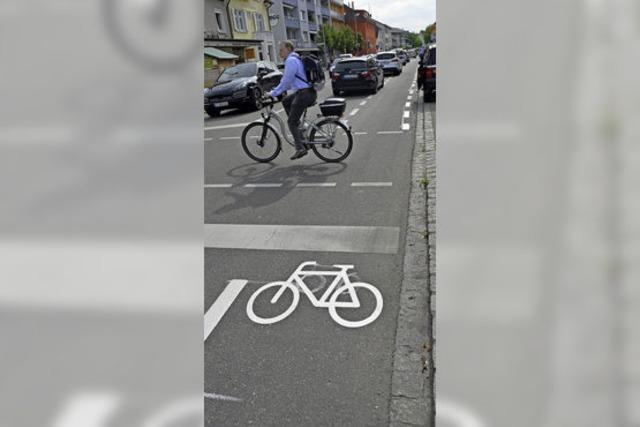 Radschutzstreifen aus Kaltplastik