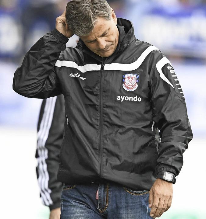 Frankfurts Trainer Falko Götz   | Foto: DPA