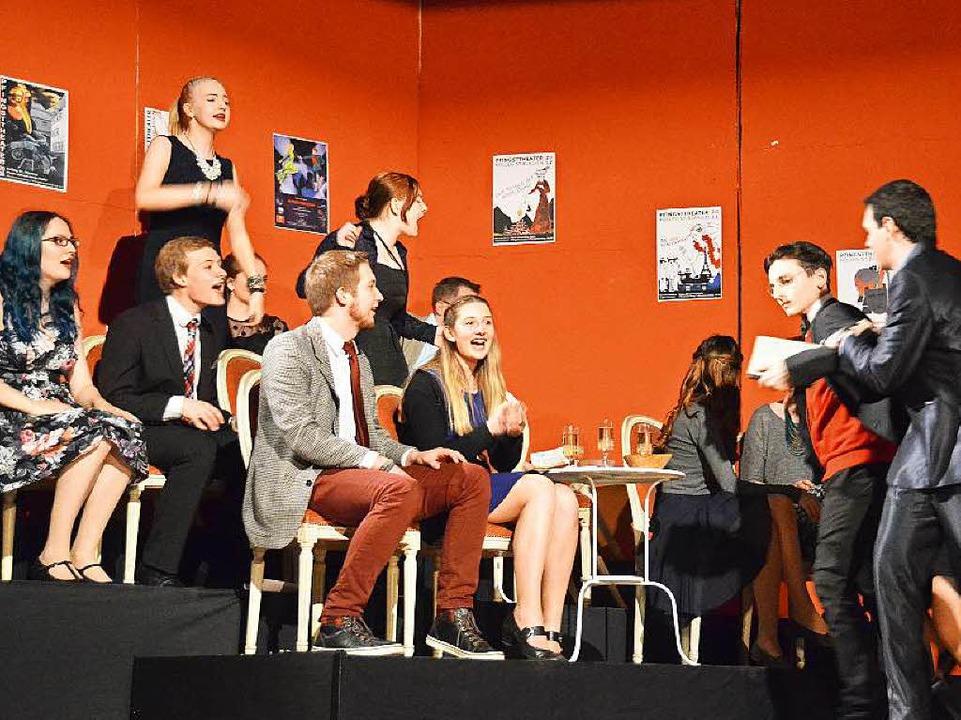 Im Publikum kommt es immer wieder zu T...auer wird sogar aus dem Saal geworfen.  | Foto: Sebastian Barthmes