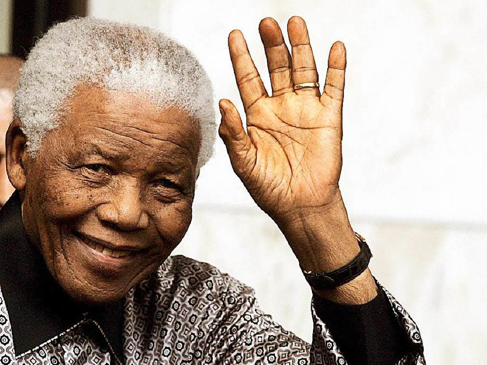 Südafrikas Ikone: Nelson Mandela, hier im Jahr 2008.  | Foto: dpa