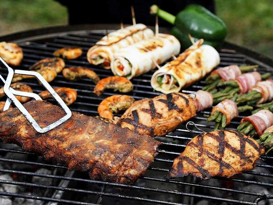 Fleisch, Gemüse und Fisch landeten auch auf dem BZ-Grill. (Symbolfoto)  | Foto: dpa