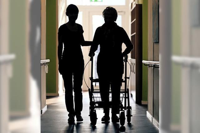 Für attraktivere Pflegerausbildung