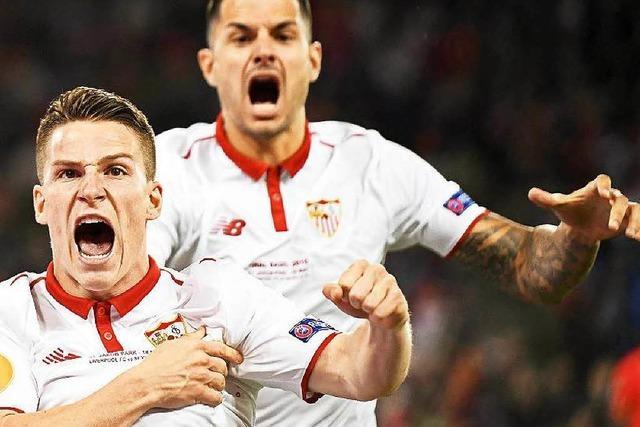 FC Liverpool verliert mit 1:3 - FC Sevilla feiert Hattrick