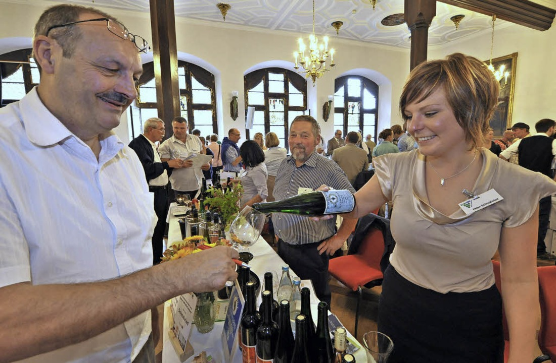 Bei der Ecovin-Präsentation in Freibur...n  zahlreiche Weine verkostet werden.   | Foto: Archiv: Michael Bamberger