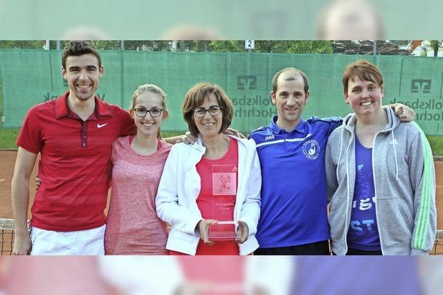 Premiere auf Tennisplatz