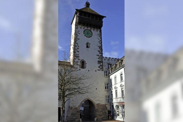 Auf der Stadtmauer ins Mittelalter