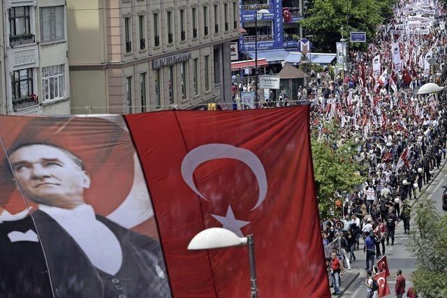 Erdogans Gefolgsmann Binali Yildirim soll Ministerpräsident werden