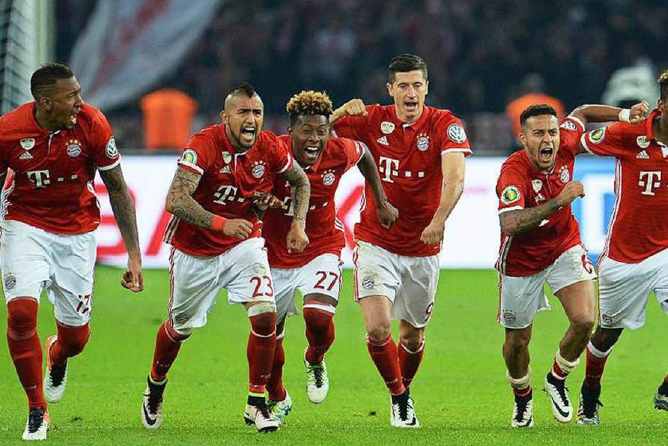 Während und nach des DFB-Pokals gab es einige sehr emotionale Momente. (Foto: dpa)