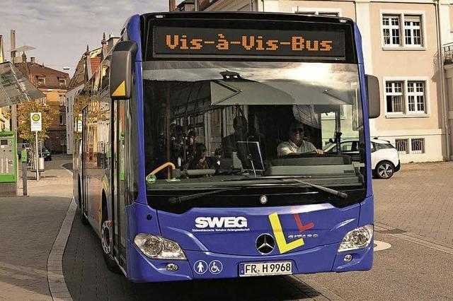 Der Vis-à-Vis-Bus ist wieder auf Achse
