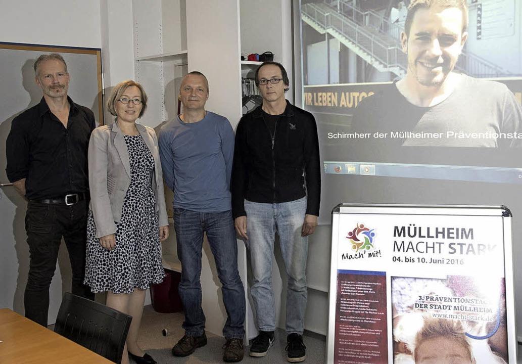 Das Programm der Präventionstage vorge...m SC Freiburg ruft zum Mitmachen auf.   | Foto: Volker Münch