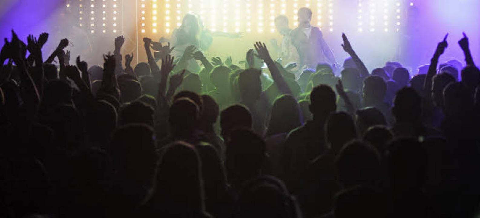 Die Veranstalter der Beach-Party rechnen mit rund 4000 Besuchern.   | Foto: Patrik Müller