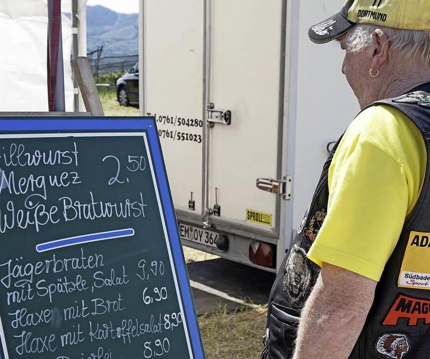 Groß war auch das kulinarische Angebot beim Batzenbergfest.   | Foto: Julius Steckmeister