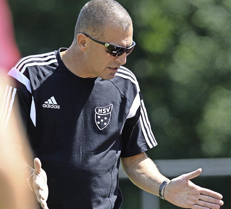 Frank Hug, Trainer des SV Hinterzarten... Mannschaft in den ersten 20 Minuten.   | Foto: Patrick Seeger