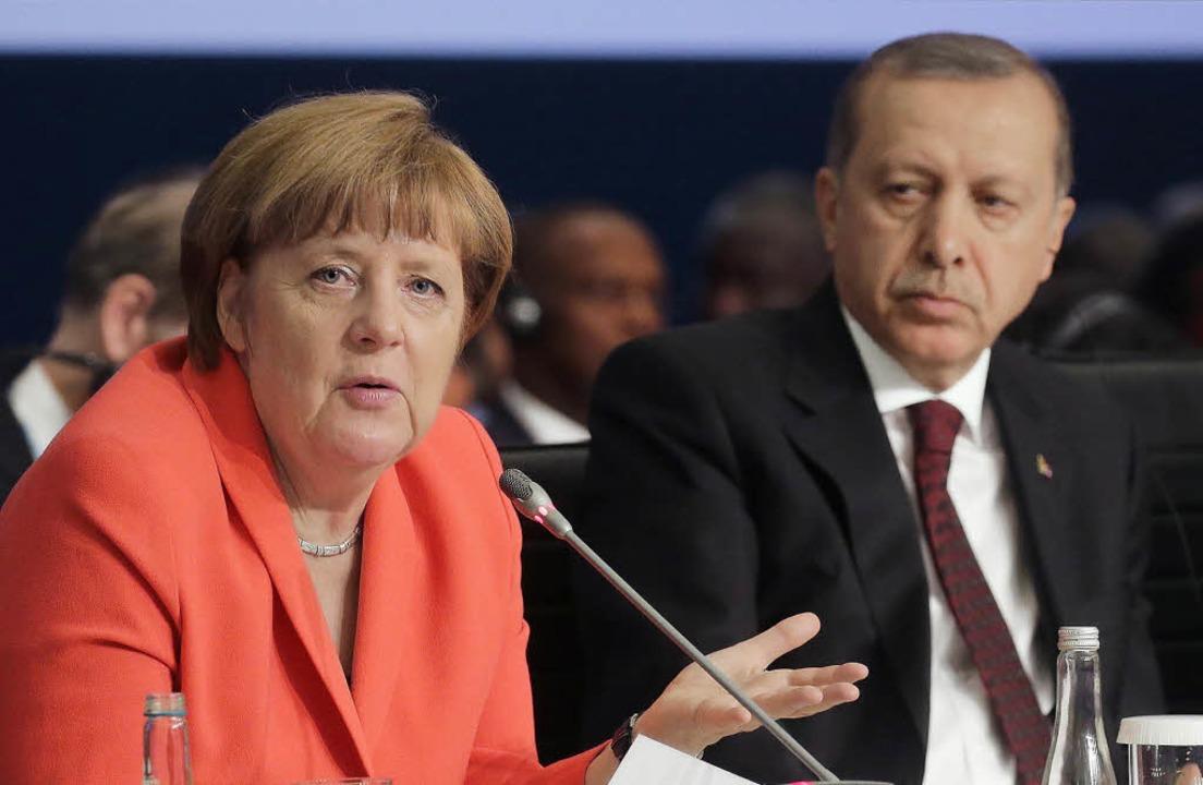 Hatten in Istanbul viel zu besprechen:...nd der türkische  Präsident Erdogan       Foto: dpa