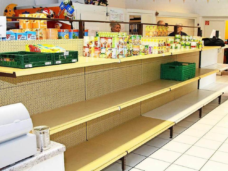 Die gespendeten Lebensmittel im Schopf...en Woche keine neuen Kunden mehr auf.   | Foto: archivfoto: Hans-Jürgen Hege