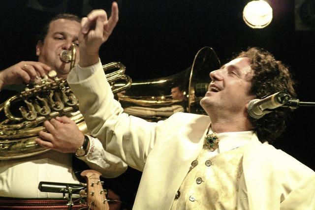 Goran Bregovic und seine Wedding & Funeral Band im Musical Theater