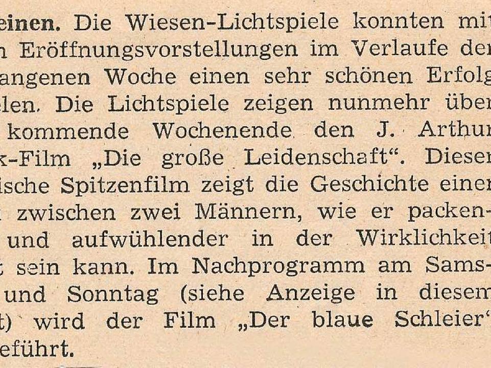 Eine alte Zeitungsanzeige weist auf die aktuell laufenden Filme hin.  | Foto: Robert Bergmann