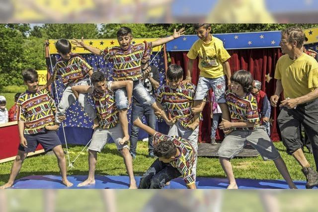 Zirkus mit Flüchtlingskindern