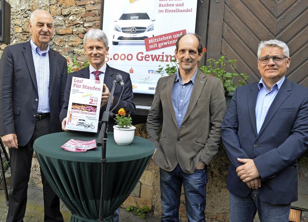 Die Vorstandsmitglieder der Staufen-St...Clemens Oberle und Wolfgang Schuhmann.  | Foto: Nikola Vogt