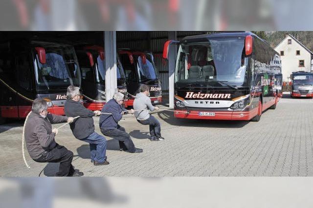 Beim Bus-Ziehen ist viel Schmackes gefordert