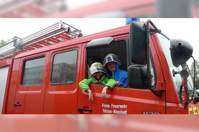 Viele Besucher bei der Feuerwehr