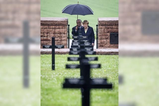 Merkel und Hollande gedenken in Verdun der Weltkriegsopfer