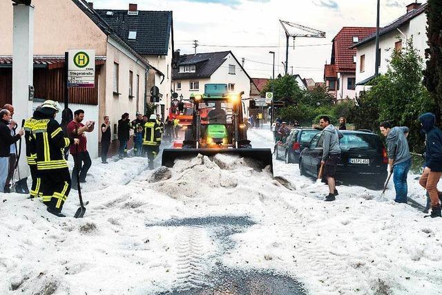 Viele Menschen bei Unwetter über Europa verletzt
