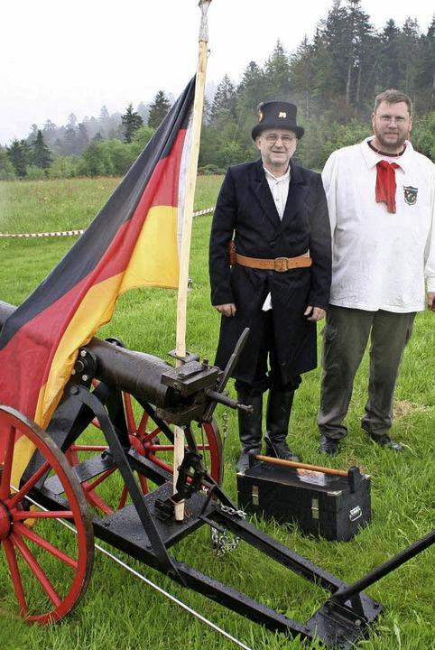 Gut in Schuss präsentierten sich nicht...die Kanoniere legten Wert aufs Äußere.  | Foto: Gerd Sutter