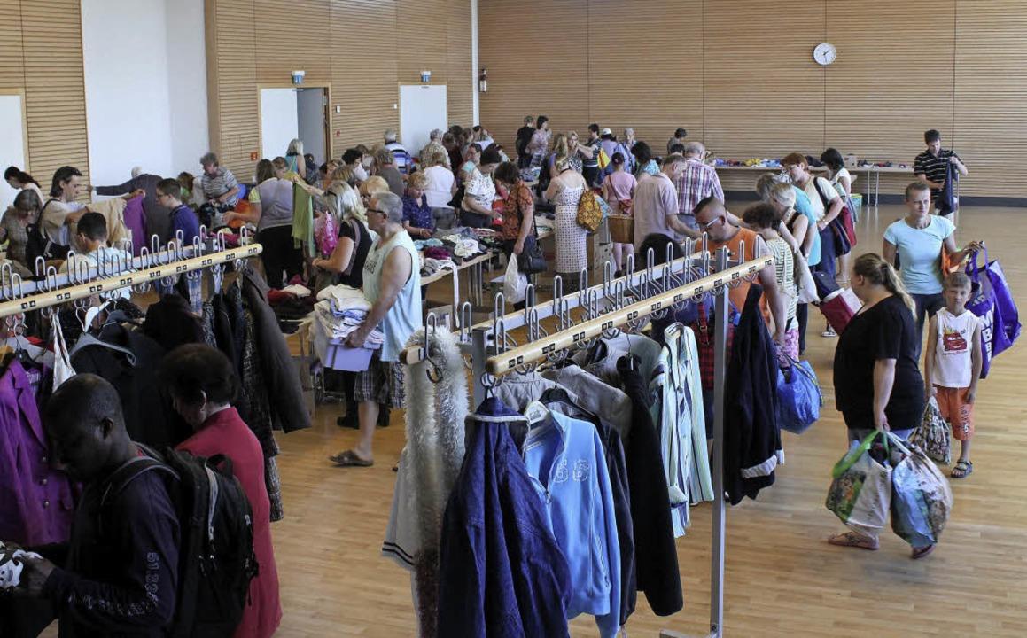 Großes Interesse fand der Verschenkema... in der Seltenbachhalle in Feldkirch.   | Foto: Otmar Faller