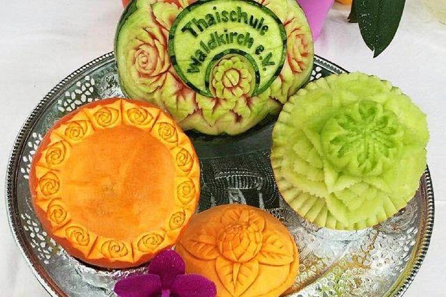 Thailändisches Essen, Kultur und Thaiboxen