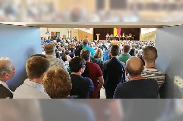 Großer Andrang bei Kandidatenvorstellung in Wyhl