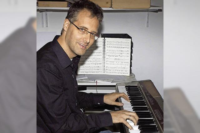 Lieder von Udo Jürgens gespielt von Martin Klönkler in der Kultschüür in Laufenburg/Schweiz