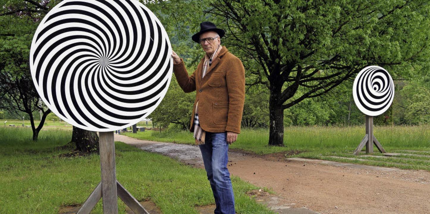 Hans Jürgen Scheurle, der Initiator de...für Dynamik und optische Täuschungen.   | Foto: Silke Hartenstein