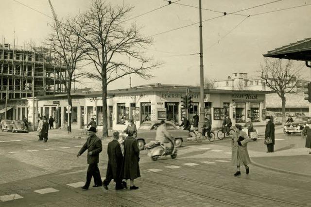 Nach dem Zweiten Weltkrieg gab es Behelfsläden in der Bertoldstraße - sie wurden bald abgerissen