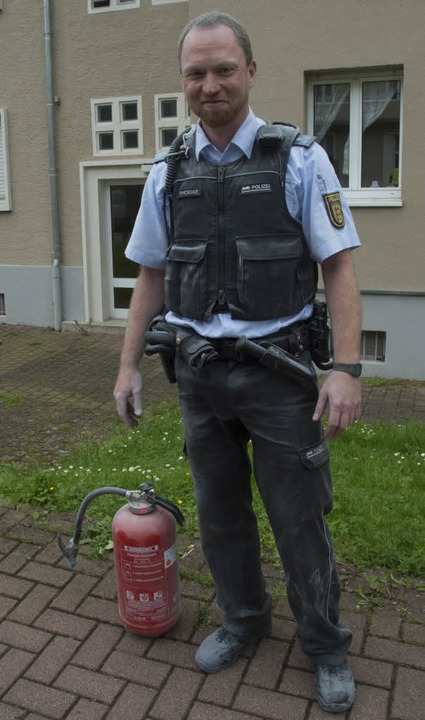 Hat beherzt eingegriffen und größeren ...tin Thomas vom Polizeirevier Müllheim.    Foto: Volker Münch