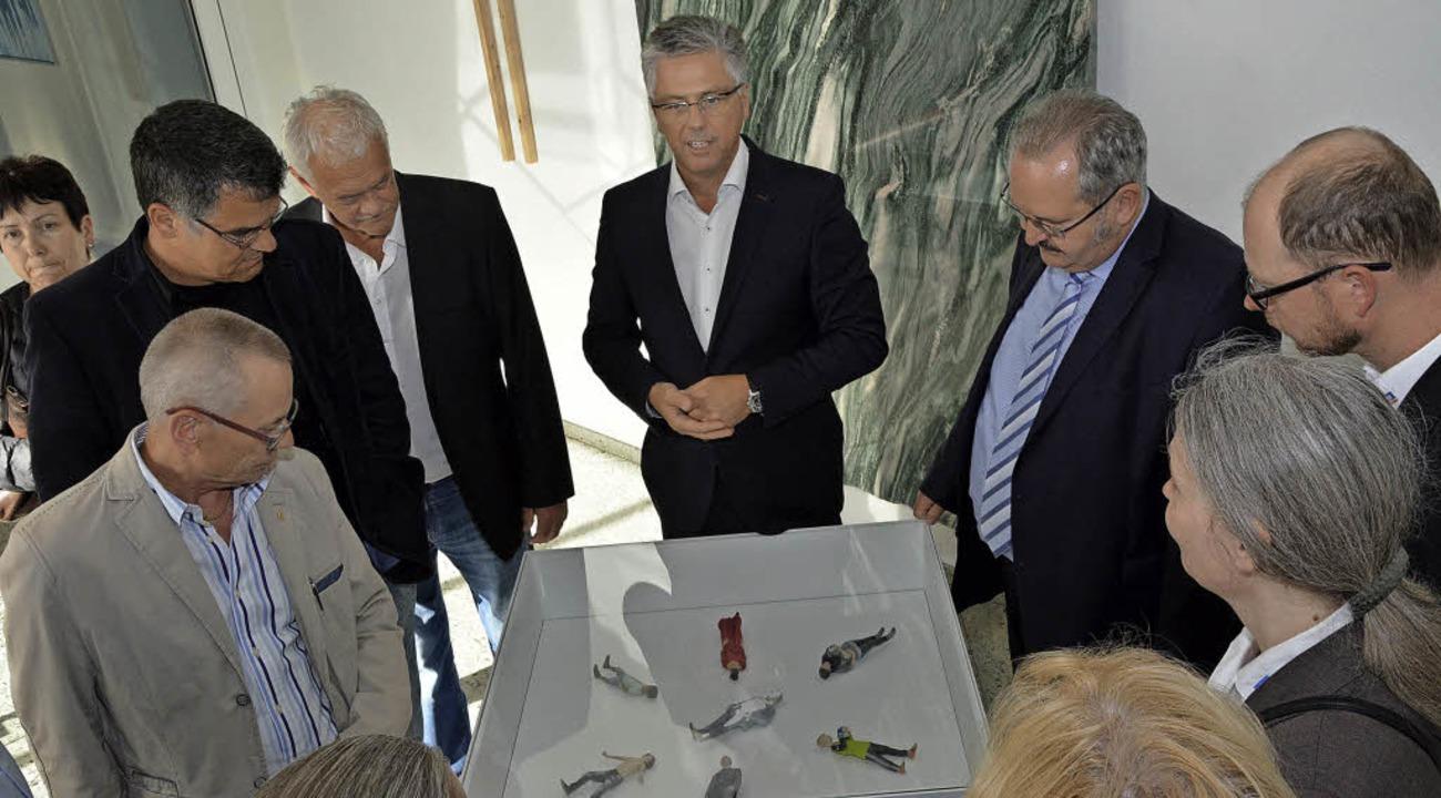 Michael Medweth erklärt in der Voxelwo...eueste 3-D-Technik und den 3-D-Druck.   | Foto: Heinz Vollmar